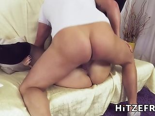 Hitzefrei Tatjana Found A Boy To Fuck On A Dating...