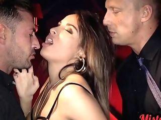 Glamour French Mummy Anissa Kate Gonzo Gang-fuck Porno Clip