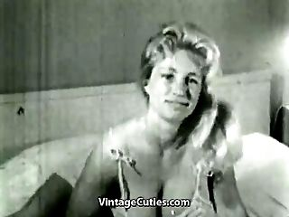 Big Huge-boobed Virginia Bell Solo (1950s Antique)