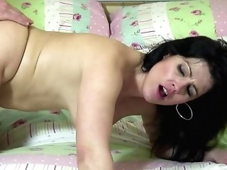 Crazy Mothers Suck And Fuck Lucky Sons-in-law