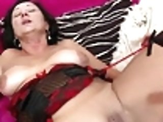 Daughter-in-law In Couch With Hot Matures Mommy