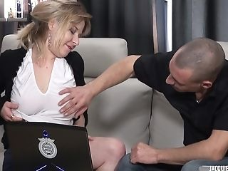 Mummy Bitch Humped In Rump - Analdin