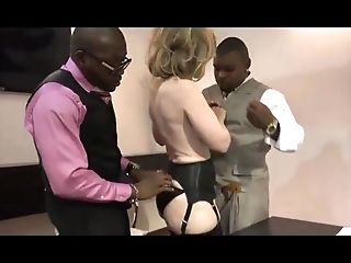 Bussiness womwn Nina Hartley and BIG BLACK COCK in suit