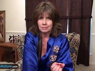 Europemature Jade Is Showing Up Her Senior Vagina