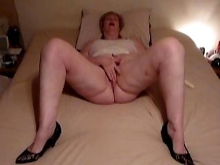 Chubby Granny playing with Vagina