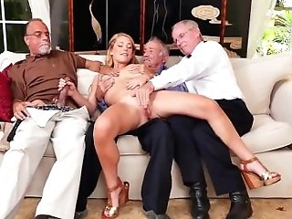 Matures And Teenage Lesbos Frankie And The