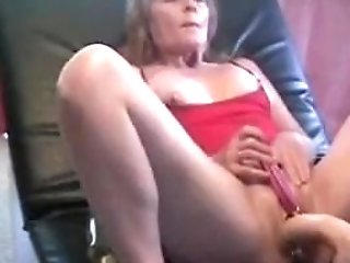 Matures Jizzing And Orgasm On Banging Machine