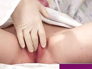 Threeway Brit Teenage Facialized By Physician