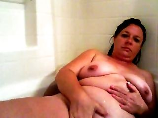 flabby aunt bathroom 1