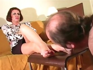 Matures Mistress Foot Homage