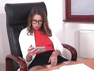 Euro Dirty Step Mom Squirts On Big Pink Cigar