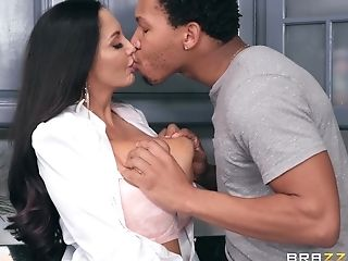 A Harsh Mom Tempts Her Daughter-in-law's Fresh Bf And Takes...