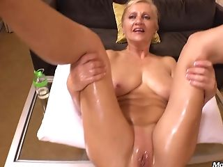 Amelia 50 Year Old Natural Euro Blonde Mommy