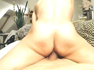 Now That's How A Real Woman Fucks A Man And I Love Her Booty