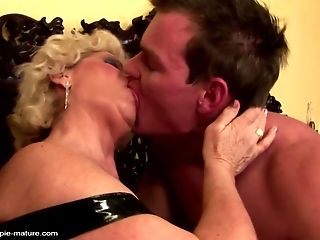Grandma creampied into hairy vagina by youthfull boy