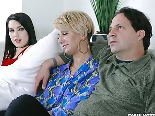 Spoiled Stepdaughter Raven Reign Tempts Her Stepfather In Front Of...