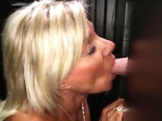 Gloryhole Secrets Matures Blonde Shows Off Her Years Of Skill