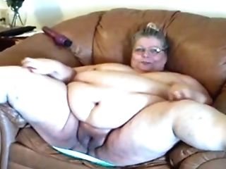 Utterly Fat And Flabby Bodied Matures Mega-slut Taunts Herself On...