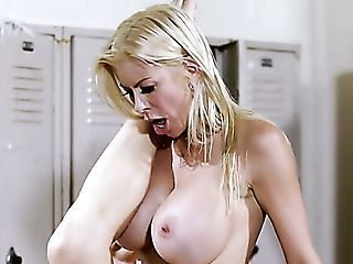 42 Yo Blonde Lady Alexis Fawx Lures Fresh Lady For Girly-girl...