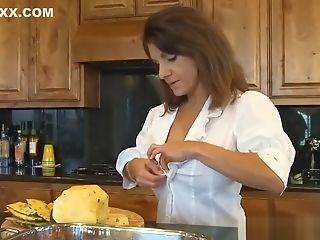 Best Mom Tori Baker Wants To Fuck Cool Tender Son-in-law