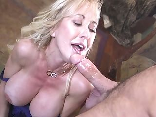 Obedient Cougar Brandi Love Is Fucked And Jizzed By Pervy Admirer