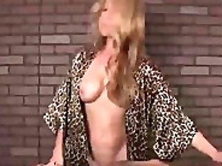 Matures Lady Is Asked To Give A Blessed Ending