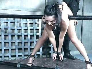 Perverted Stud Is Penalizing Cooter Of Restrained Cougar India Summer