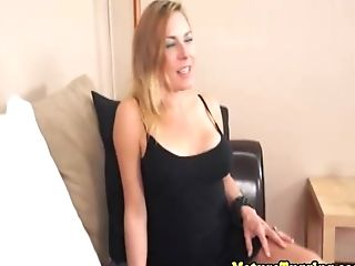 Real Cougar Tugging Fuck-stick In Point Of View Scene