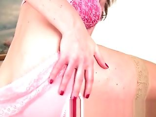 Very First Time Cougar Makes Her Hairy Snatch Fluid