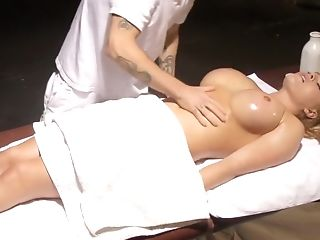 Insatiable Masseuse Makes Krissy Lynn Jiggle After Sensuous Love...