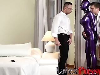 Spandex Lucy In A Threesome At Latexpussycats