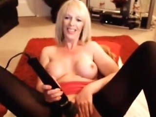 Scottish Mommy With Hot Oiled Breast