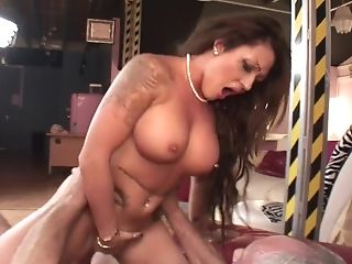 Big Tits Mummy With Tattoos Ely Pink Luvs Rough Drilling & Jizm