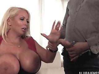 Alura Jenson Big Knocker Interview Pornsta - Alura Jenson