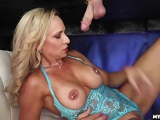 Thick Breast Cougar Hj At Prostate Play Table