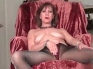 """""""yankee Gilf Penny Gives Her Old Poon The Finger Treatment"""""""