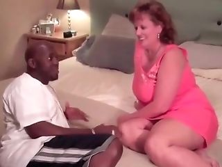 Attractive Huge-chested Matures Lady