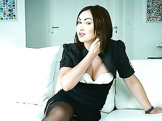 Amazing Horny Interview With Flirty Sexy Porno Actress Yasmin Scott