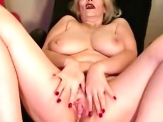 Yankee Matures Woman Chadford With Large Tits And Hairy Cunt