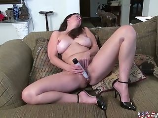 Usawives Hot Cougars Romp Playthings Solos Compilation