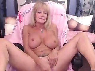 Matures Can Never Have Enough Fucktoys To Pack Her Fuck Holes