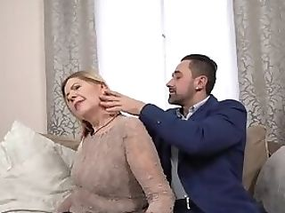 Matures Lady Suck Dick