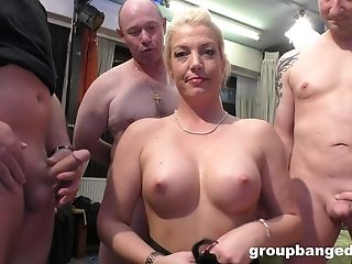 Gang-fuck With Her Friends Is Something That Blonde Lady Remembers
