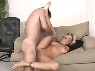 Hot Ash-blonde Mom Rectal Couch Fucked By Youthfull Hard Man-meat