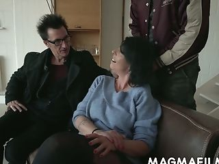 German Old Woman Noemi Gets Dual Penetrated For The Very First Time