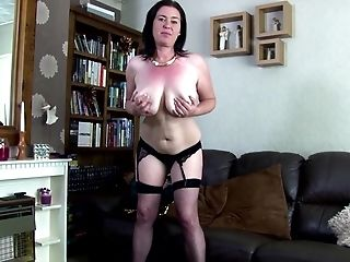 Awesome mature mom makes her very first porno movie