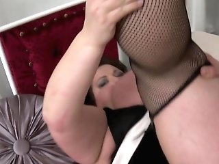 Matures Bbw Mom Gets Nice Fuck-a-thon With Youthful Boy