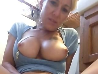 Horny Mom Squirts Selfie
