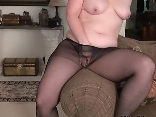 Yankee Moms In Pantyhose Part Three