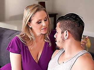 Stunning Looking 48 Yo Housewife Julia Ann Gets Her Twat Gobbled So...